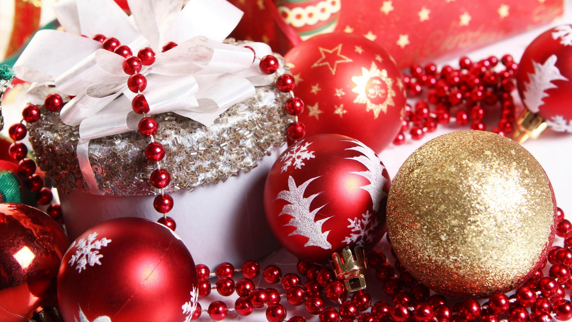 christmas_decorations_gifts_decorations_new_year_holiday_mood_36370_1920x1080